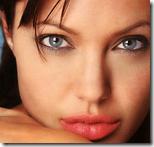 来自Angelina Jolie,我带着眼睛和嘴唇