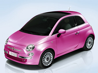 At Barbie's doll has appeared personal Fiat 500