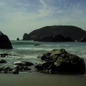 Slow Waves by Scott Morgan - Landscapes Waterscapes ( water, park, wave, sea, long exposure, seascape, harris beach, rocks,  )