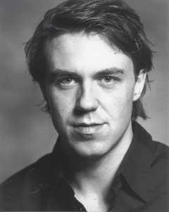 Andrew-Buchan-plays-John-Mercer-in-T[11]