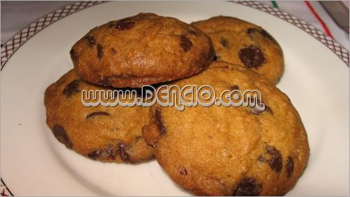 Choco Chip Cookies... (A bit dry)