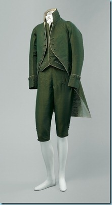 V&A Men's Dress