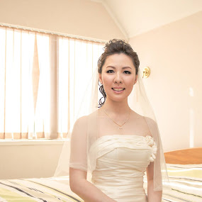Beautiful Bride  by HP Tang - Wedding Getting Ready