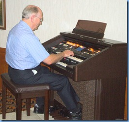 Alan Dadson playing the Techncis GA3