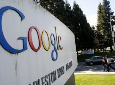 Google tiesā zaudē priesterim