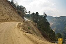 Unpaved roads on the way to the Mountain Province