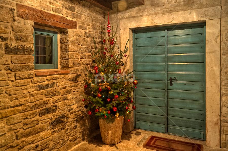 Pleasant Christmas Eve and Merry Christmas to all! by Miro Cindrić - Public Holidays Christmas