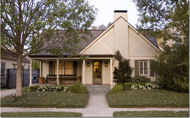 Cote de texas small stylish houses for Nice looking houses pictures