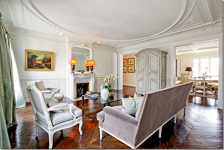 I Love The Icy Blue Gray Interiors In This Grand Apartment With Its Beautiful Hardwood Floors And Elegant Moldings Listing Is From Haven Paris