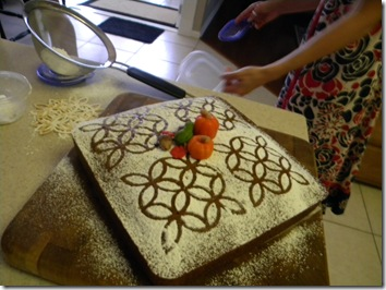 Joy and the Lattice Cake 008