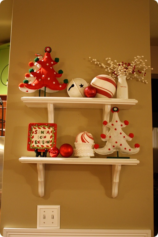 Tour Of Our Christmas Kitchen From Thrifty Decor Chick