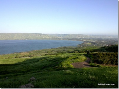 Sea of Galilee southern end from west, tb041003225