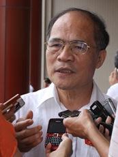 Phó thủ tướng Nguyễn Sinh Hùng: 'Sẽ điều chỉnh nợ quốc gia'