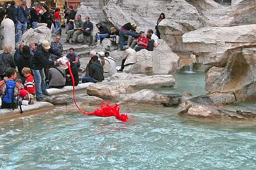 Fontana di Trevi in Red