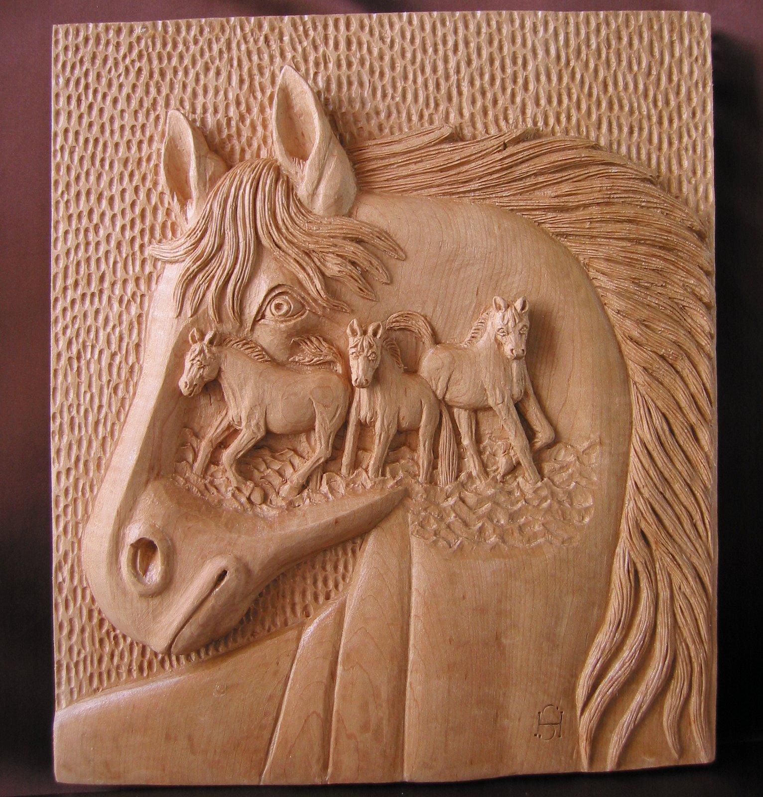 Fantasía con caballos : Talla en madera. Wood carving. Esculturas