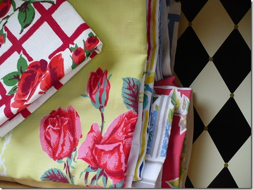 organizing table linens