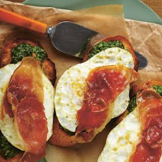 """Arugula Pesto """"Green Eggs And Ham"""" Sandwich."""