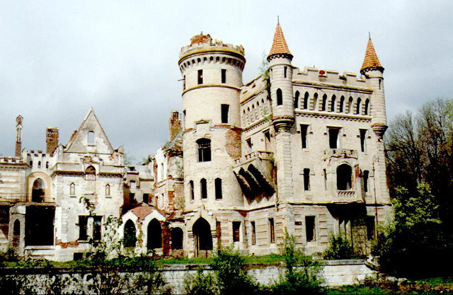 Apparently Some Russian Architects Of The 19th Century Visited Europe Often Enough To Be Influenced By Medieval Castles And French Style Palaces