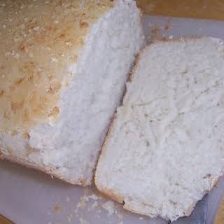 Basic Traditional White Bread.