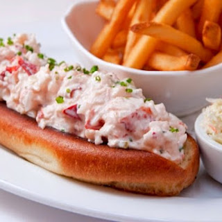 Lure Fishbar's Lobster Roll.