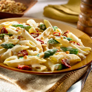 Garlic Penne Alfredo With Sun-dried Tomatoes.