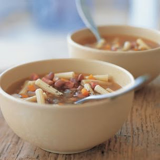 Country-Style Pasta and Bean Soup