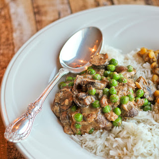 Nawabi Guchhi Mattar (Royal Mushrooms and Peas in Cashew Nut Sauce) in the Slow Cooker
