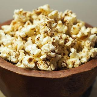 Za'atar (Thyme, Sesame, and Sumac Spiced) Popcorn