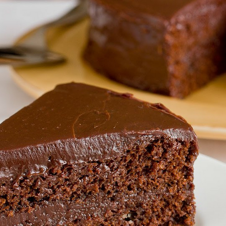 Southern-style Chocolate Cake with Chocolate Ganache Frosting