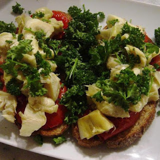 Bruschetta with Tomatoes, Artichoke Hearts and Parsley