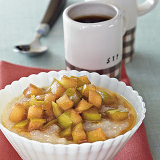 Hot Quinoa Cereal with Maple Syrup Apples Recipe