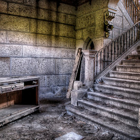 Bienvenido by Laurentzi Martinez Morilla - Buildings & Architecture Decaying & Abandoned ( urban exploration, stair, urbex, lost, hdr, d7000, table, desk, decay, abandoned )
