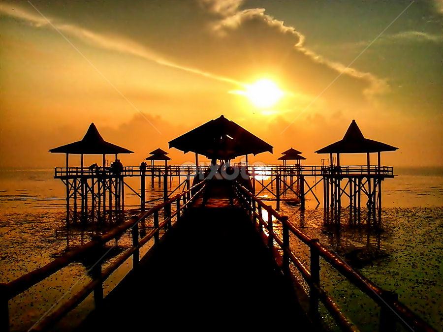 Kenjeran beach by Herry . - Instagram & Mobile Android ( , silhouette )
