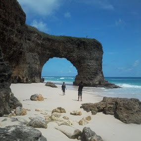pantai Bwanna:) by Piet Leba - Landscapes Waterscapes ( INDONESIA, NTT, sumbabaratdaya, kodi, kodibhalagar, kahale, instaphoto, instagood, niknmatiliburan, ayoberkunjungketempatini )