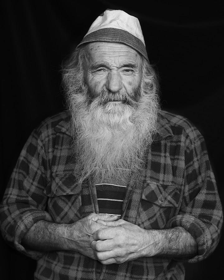 Shepherd by Andrea Seroni - Black & White Portraits & People ( b&w shepherd portrait men old,  )
