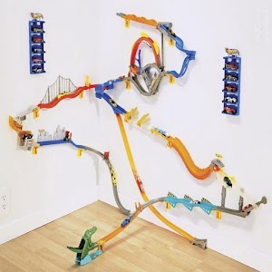 Hot wheel Wall Track
