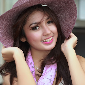 Topi Mbak Dini by Abhan Creative - People Portraits of Women