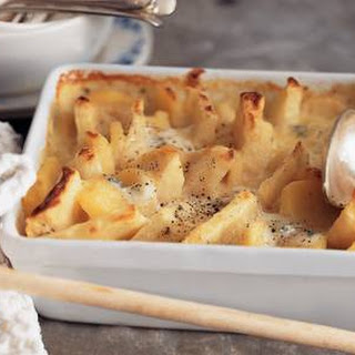 Knolselderij-aardappelschotel Met Gorgonzolasaus