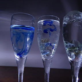 by Sumanta Thakur - Artistic Objects Glass ( champagne glasses )