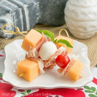 Melon and Prosciutto Skewers #SundaySupper Recipe