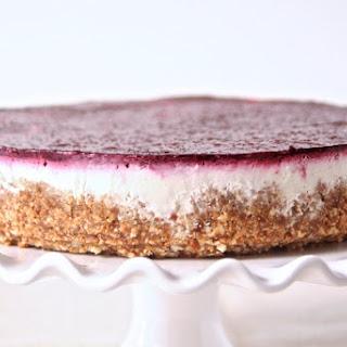No-Bake Greek Yogurt & Berry Cheesecake Recipe