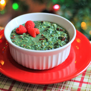 Holiday {Green!} Overnight Oats