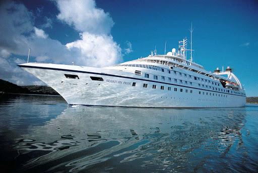 Seabourn_Pride_at_sea_2 - Seabourn Pride at sea.