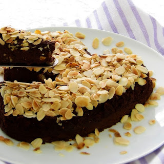Aldmond Chocolate Borlotti Bean Cake - pressure cooker.