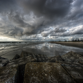 North-Sea at the Wijk aan Zee pier by Mike Bing - Landscapes Waterscapes ( holland, northsea, pier, wijk,  )
