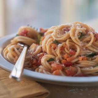 Spaghetti with Salsa di Pomodoro