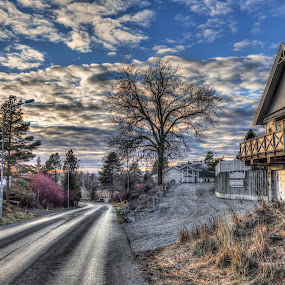 Askim, Norway 063 by IP Maesstro - City,  Street & Park  Neighborhoods ( clouds, sky, winter, hdr, sunset, street, neighborhood, house, maesstro, askim, ip, norway )