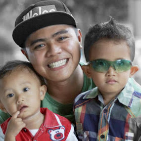 by Ardiyan Fotografer - People Family