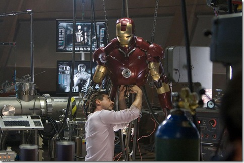 Tony Stark working on his Iron Man suit (Copyright © Marvel / Paramount)