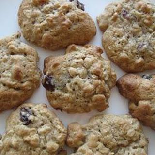 Oatmeal Raisin Cookies V.